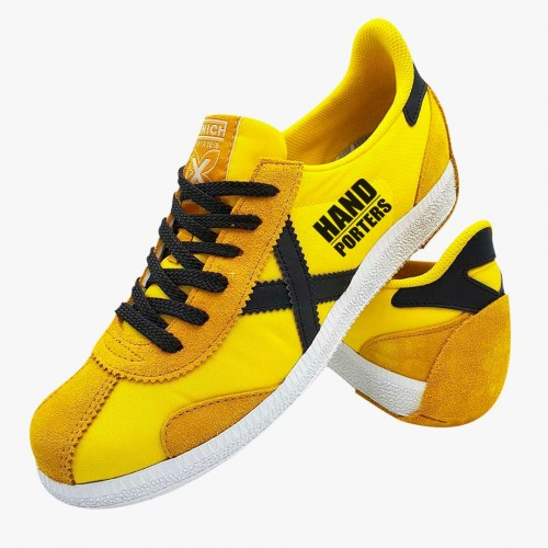 handporters-yellow-shoes